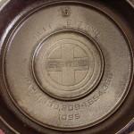No 5 Griswold PN 724 Skillet with lid bottom of lid