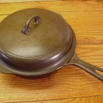 No 5 Griswold PN 724 Skillet with lid top