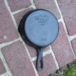 No.3C Wagner Cast Iron Skillet bottom