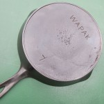 No 7 Wapak Skillet bottom