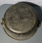 No 8 Griswold Dutch Oven bottom