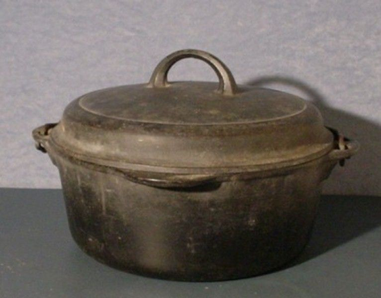 No 8 Griswold Cast Iron Tite Top Dutch Oven Mary And