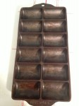 Griswold French roll Pan No 11 top